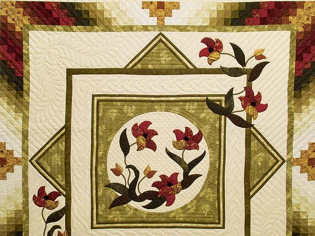 King Green Burgundy and Gold Rainbow Reflections Quilt Photo 3