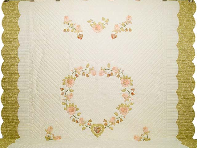 King Willow and Pink Heart of Roses Quilt Photo 2