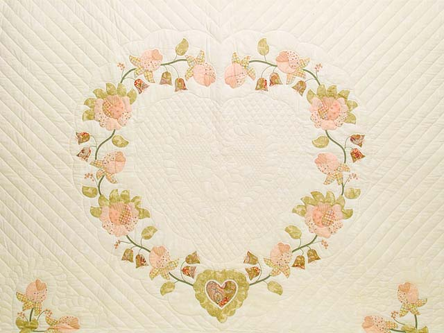 King Willow and Pink Heart of Roses Quilt Photo 3