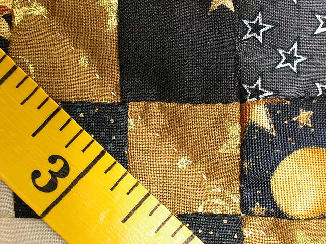 Black and Gold Philadelphia Pavement Quilt Photo 7