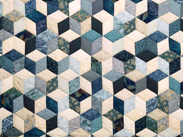 Blue Navy And Cream Tumbling Block Quilt Photo 3