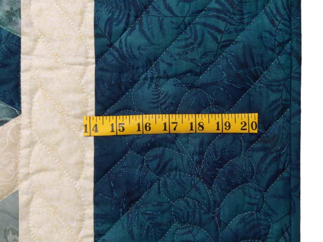 Blue Navy and Cream Tumbling Block Quilt Photo 6