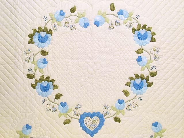Blue and Willow Heart of Roses Quilt Photo 3
