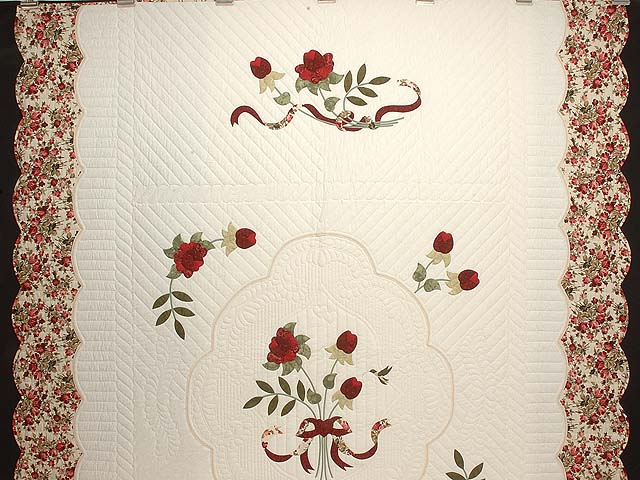 Red Roses on Ivory Lancaster Treasures Quilt Photo 2
