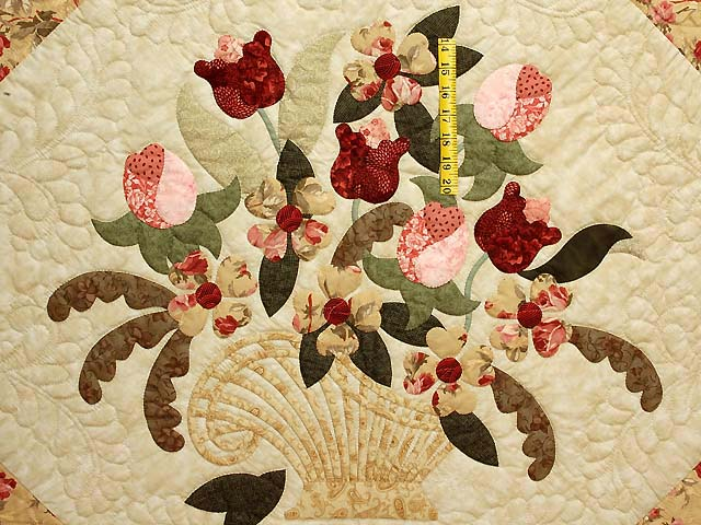 Carmel Peach Rose and Moss Spring Basket Quilt Photo 4