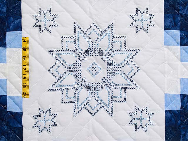 Navy Blue and Ivory Cross Stitch Irish Chain Quilt Photo 4