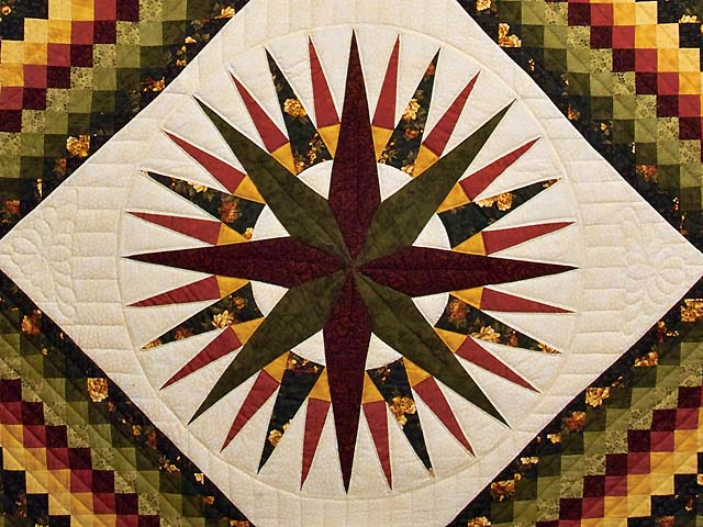 Green Red and Gold Compass Trip Quilt Photo 3