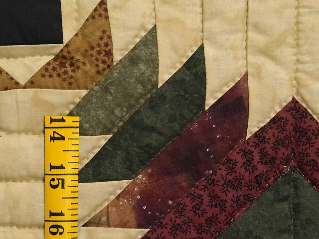 Burgundy Tan And Earth Tones Pineapple Quilt Photo 5