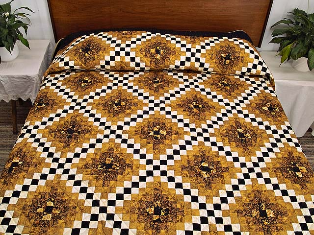 Black and Gold Irish Chain Quilt Photo 1
