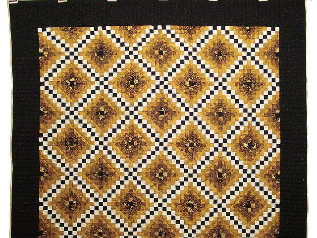 Black and Gold Irish Chain Quilt Photo 2