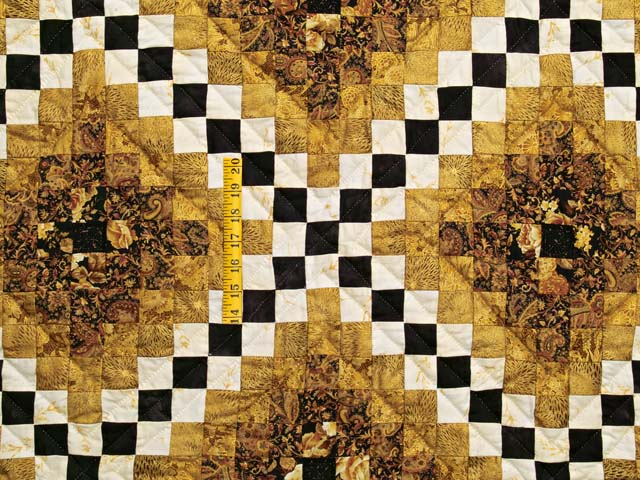 Black and Gold Irish Chain Quilt Photo 4
