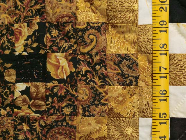 Black and Gold Irish Chain Quilt Photo 5