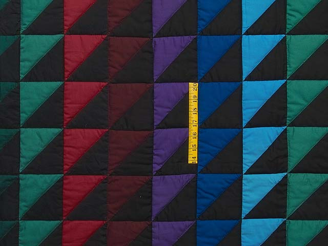 Amish Triangles Quilt Photo 4