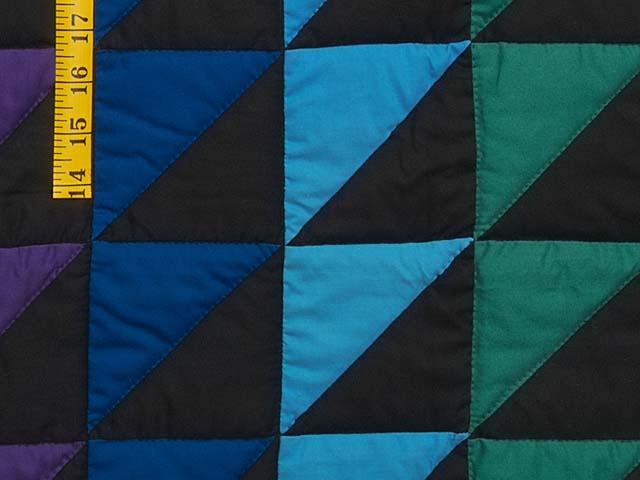 Amish Triangles Quilt Photo 6