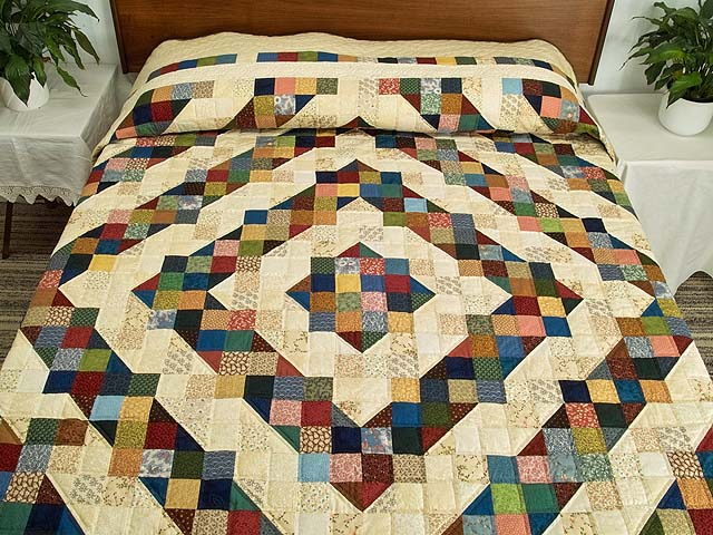 Tan and Multicolor Scrapaholic Quilt Photo 1
