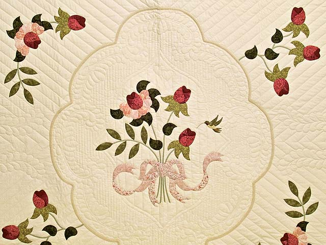 King Rose and Ivory Lancaster Treasures Quilt Photo 3