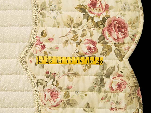 King Rose and Ivory Lancaster Treasures Quilt Photo 7