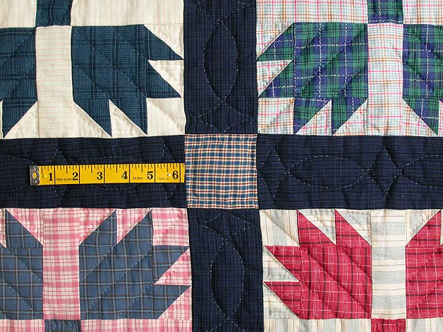 Plaid Bears Paw Quilt Photo 4