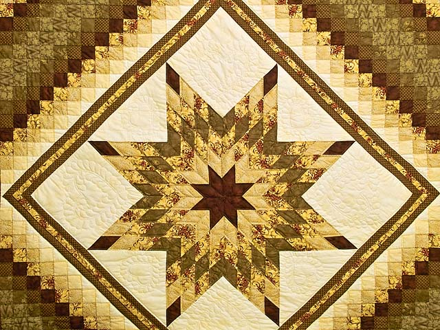 Gold Moss and Burgundy Lone Star Trip Quilt Photo 3