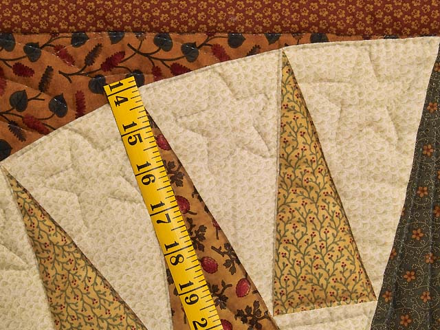 Brick Red Moss and Gold Compass Log Cabin Quilt Photo 5