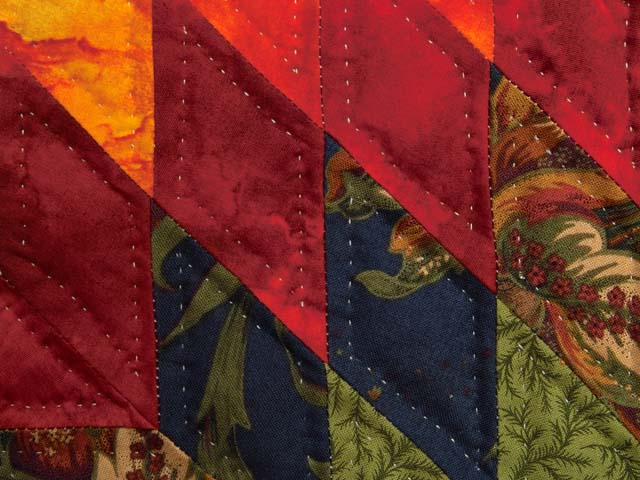King Fire Red Green and Gold Star Quest Quilt Photo 6
