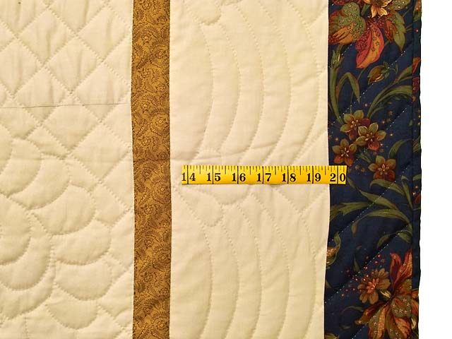 King Fire Red Green and Gold Star Quest Quilt Photo 7