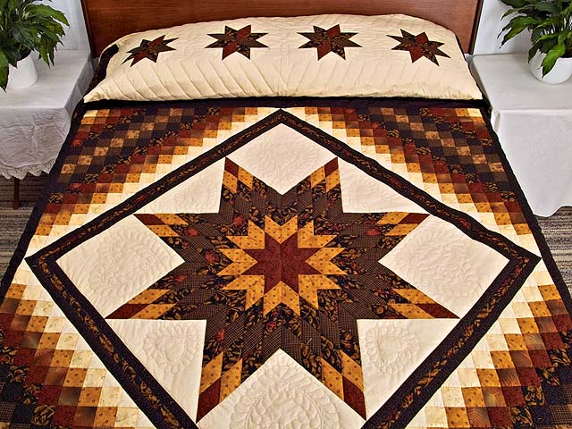 King Brick Gold and Black Lone Star Trip Quilt Photo 1