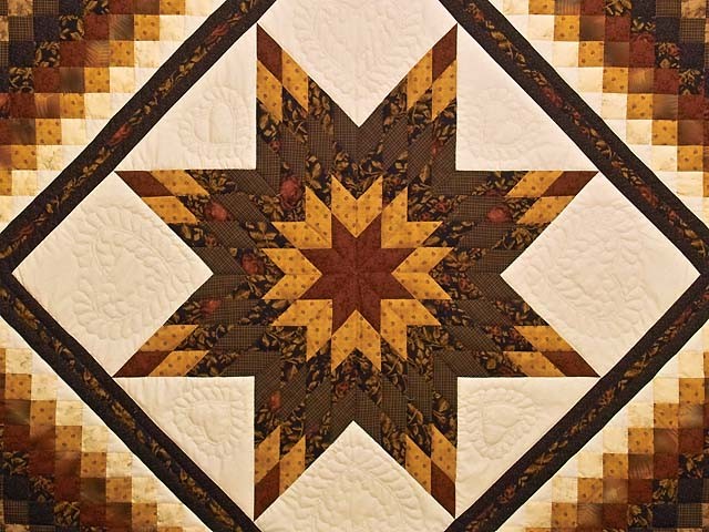King Brick Gold and Black Lone Star Trip Quilt Photo 3
