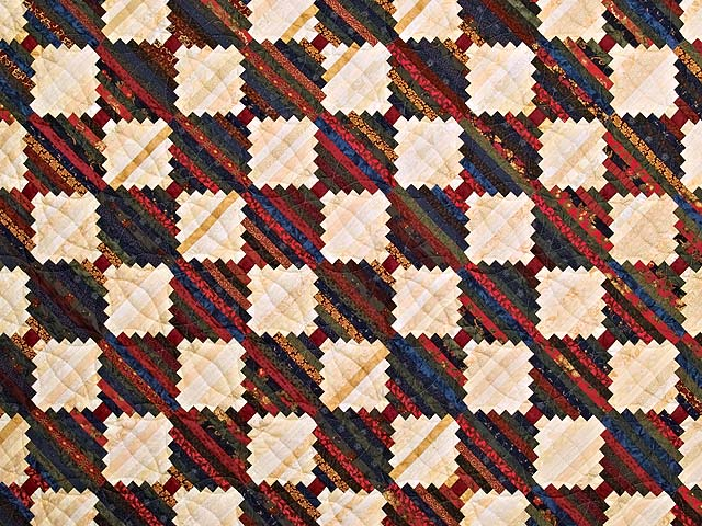 King Tans and Multicolor Log Cabin on the Point Quilt Photo 3