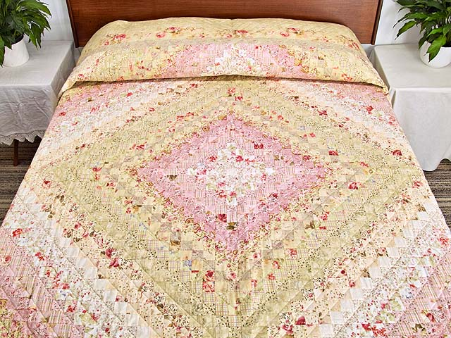 Pastel Pink and Willow Color Splash Quilt Photo 1