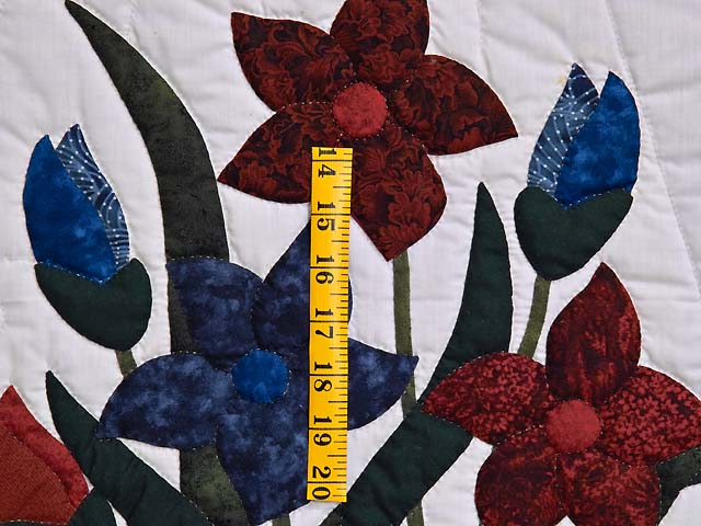 Full Size Blue and Red Appliqué Lilly Quilt Photo 5