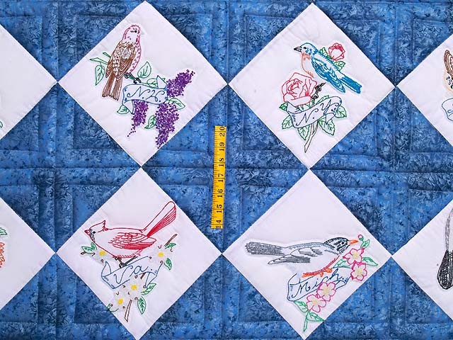 Embroidered State Birds and Flowers Quilt Photo 4