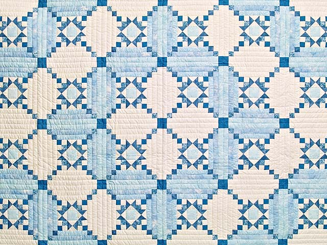 Aqua Blues and Ivory Stars in the Cabin Quilt Photo 3