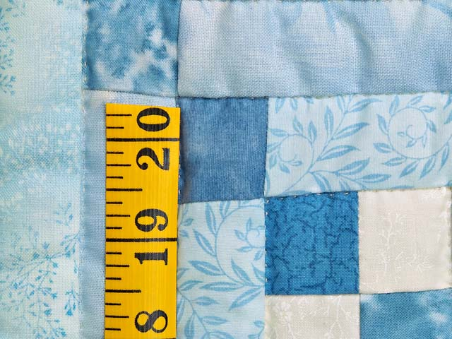 Aqua Blues and Ivory Stars in the Cabin Quilt Photo 6