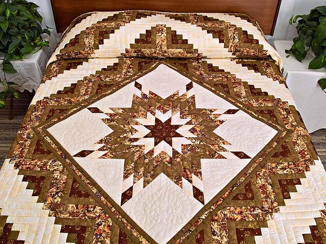 King Moss Burgundy and Cream Lone Star Log Cabin Quilt Photo 1