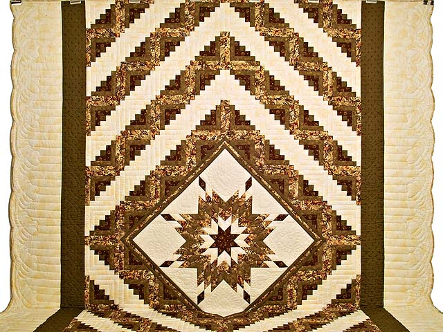 King Moss Burgundy and Cream Lone Star Log Cabin Quilt Photo 2