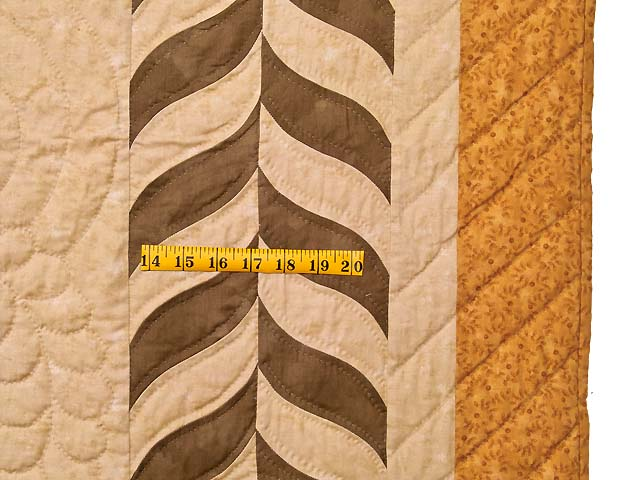 King Salutation Quilt Photo 7