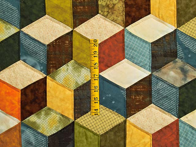 Green and Multicolor Tumbling Blocks Quilt Photo 4