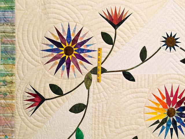 Extraordinary Compass Gardens Applique Quilt Photo 4