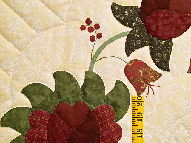 Red  and Gold Heart of Roses Quilt Photo 5