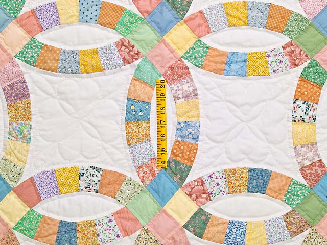 King Pastel Extra Fine Double Wedding Ring Quilt Photo 4
