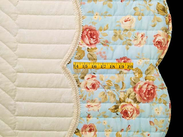 Burgundy Rose and Blue Lancaster Treasures Quilt Photo 7