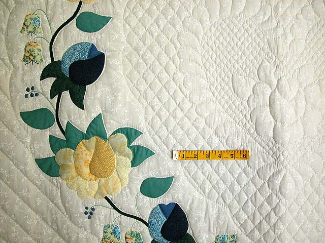 Blue and Yellow Heart of Roses Quilt Photo 5
