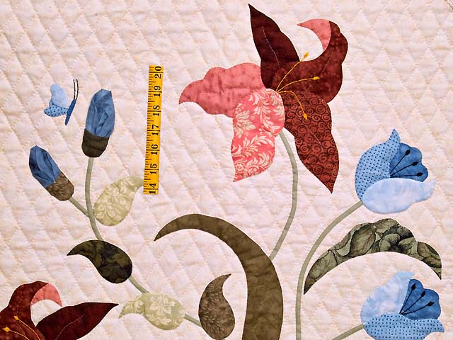 King Moss Coral and Blue Petal Showcase Quilt Photo 4