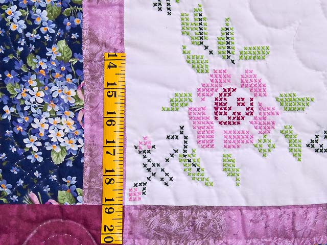 Mauve Floral Cross Stitch Quilt Photo 5