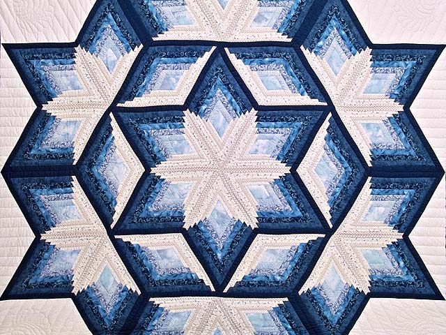 Blue and Cream Diamond Star Log Cabin Quilt Photo 3