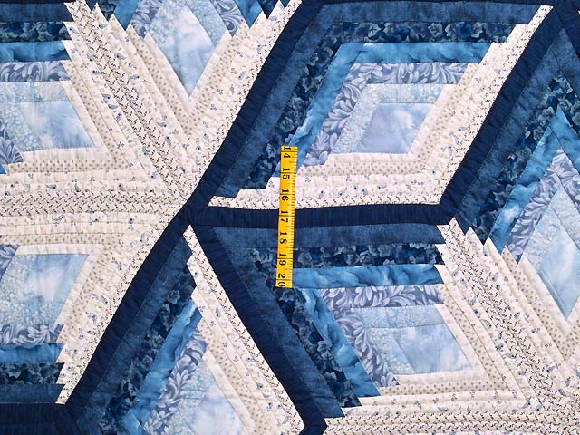 Blue and Cream Diamond Star Log Cabin Quilt Photo 4