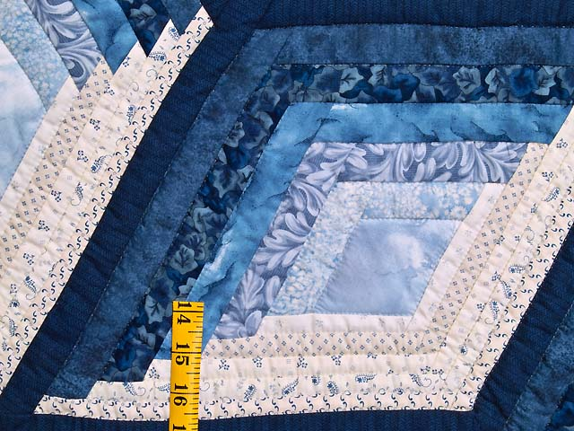 Blue and Cream Diamond Star Log Cabin Quilt Photo 5