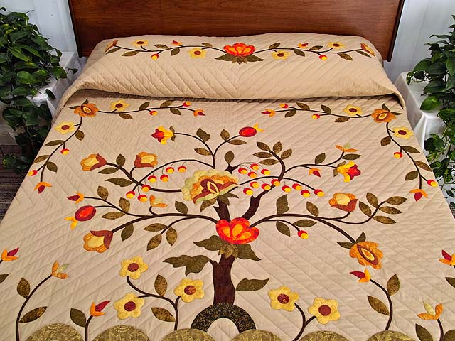 Sunset Tree of Life Appliqué Quilt Photo 1
