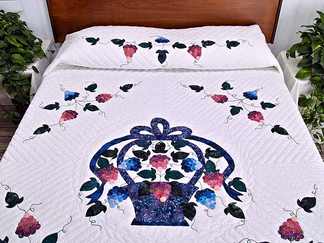 Applique Grape Basket Quilt Photo 1